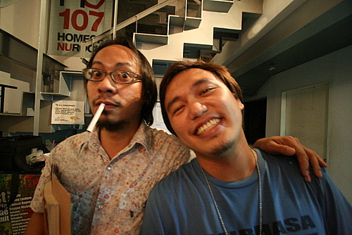 Me with the rockstar extraordinaire Lourd De Veyra!