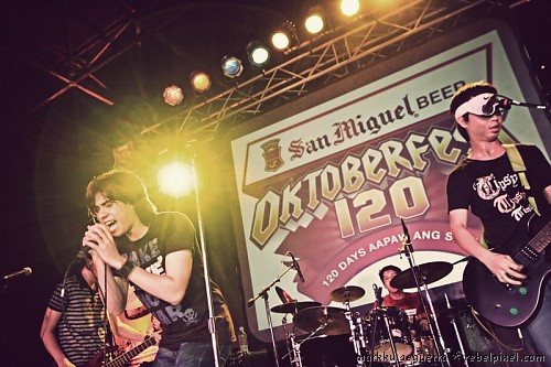 Rivermaya at the SMB Oktoberfest 2008 press launch. [2]